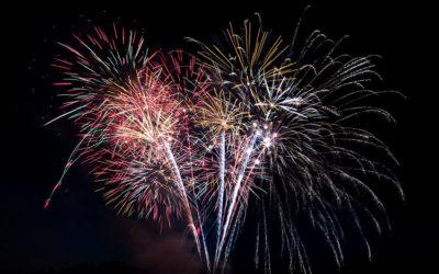 F I R E W O R K Son Thursday presented bySpielbauer Fireworks